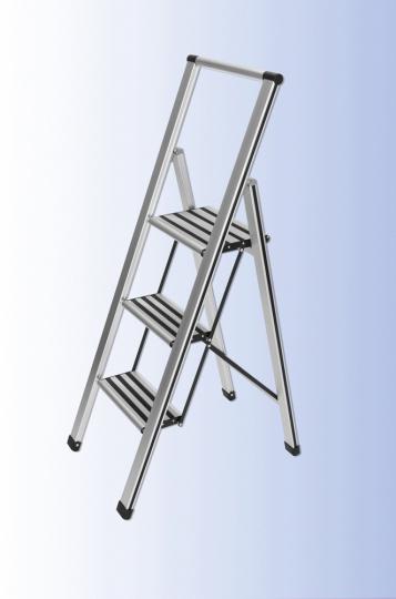Klapptrittleiter aus Aluminium, 3-stufig.
