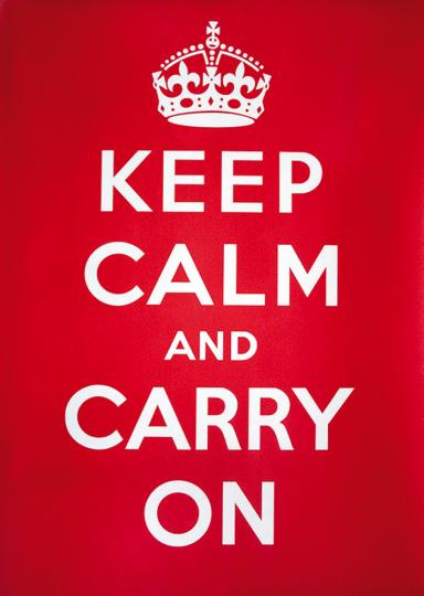 Blechschild »Keep calm and carry on«.