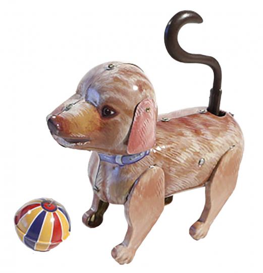 Hund mit Ball.