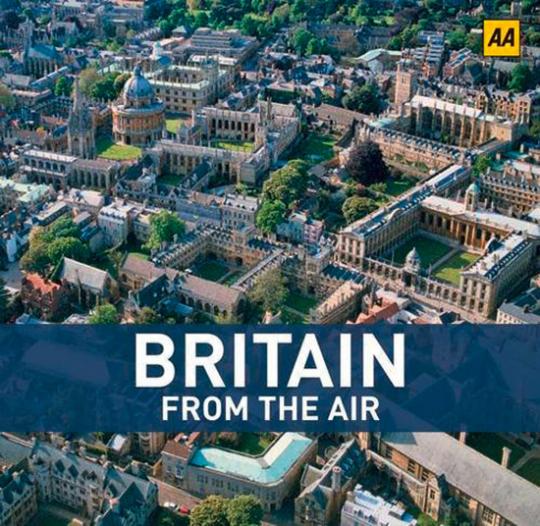Britain from the Air. Großbritannien von oben.