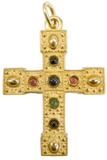 Das alte Barbarossakreuz. Silber, vergoldet mit echten Edelsteinen.
