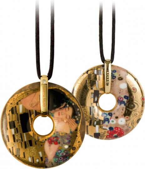 Amulett Gustav Klimt »Der Kuss«.