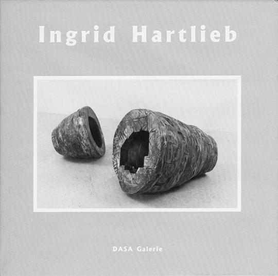 Ingrid Hartlieb. Abstandhalter, Schutzschilder, Fluchtwerkzeuge.