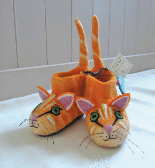 Kinderhausschuh »Ginger, die Katze«. Gr. 26.