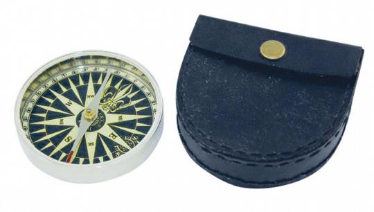 Kompass mit Etui.