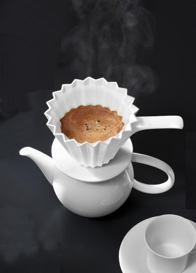 KPM »Café Berlin«-Set kleine Kanne mit Kaffeefilter.