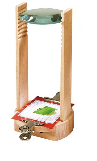 Mikroskop aus Holz für Kinder.