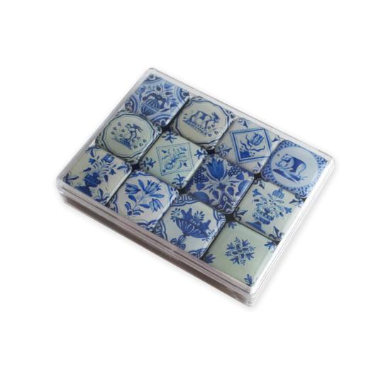 Mini-Magnete »Delfter Kacheln«, blau/weiß.