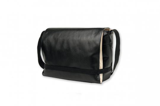 Moleskine Tasche »Classic Messenger«, schwarz.