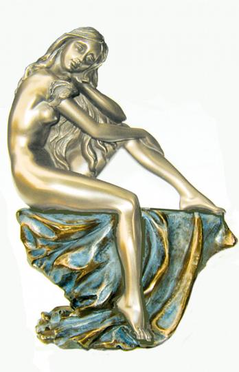 Nackte Schönheit träumend - Statue, bronziert
