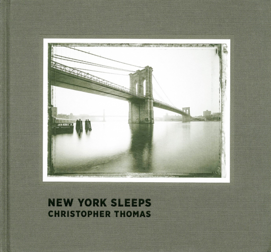 New York Sleeps. Christopher Thomas.