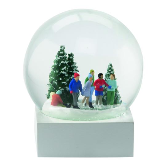 Schneekugel »Schlittschuhläufer«.