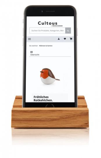 Smartphone-Halter aus Eichenholz.