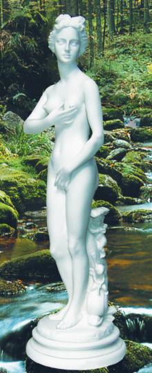 Statue Nymphe mit Delphin
