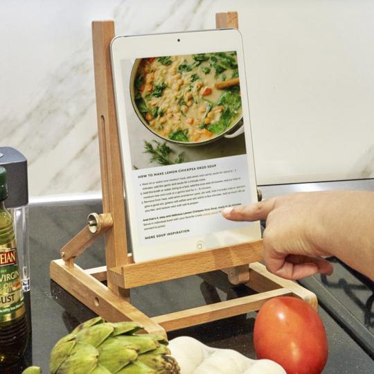 Tablet-Halter für die Küche.