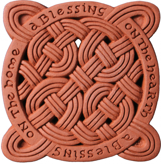 Terracotta Wandfliese. Keltischer Segen.