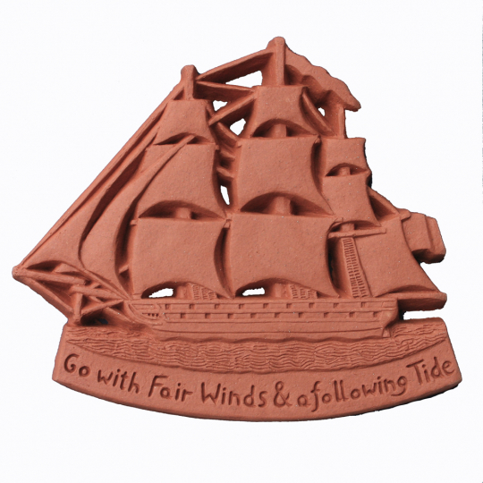 Wandfliese Terracotta mit Segelboot »Nautical Blessing«.
