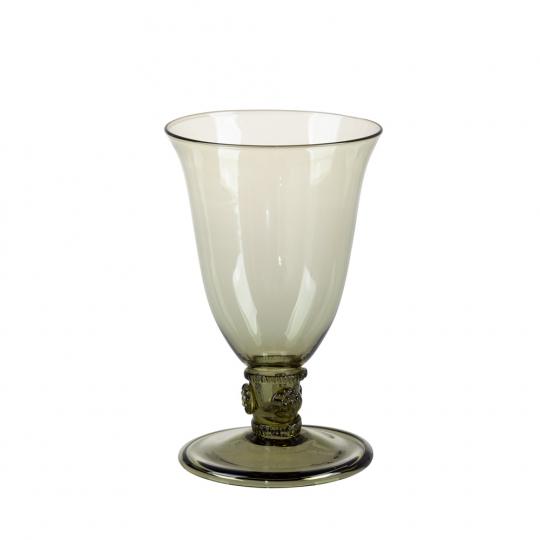 Weinglas mit Beerennodus.