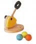 Holz-Katapult mit Kugeln. Bild 1