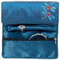 Bestickte Seiden-Schmuckrolle »Tiffany Libellen«. Blau. Bild 2