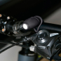 Formschöne Minitaschenlampe aus Silikon. Schwarz. Bild 2
