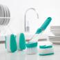 Reinigungsbürste mit Griff und Seifenspender. Bild 3