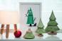 Tannenbaum aus Keramik, grün. Bild 3