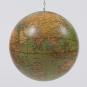 Mobile »Historische Globen«. Bild 4