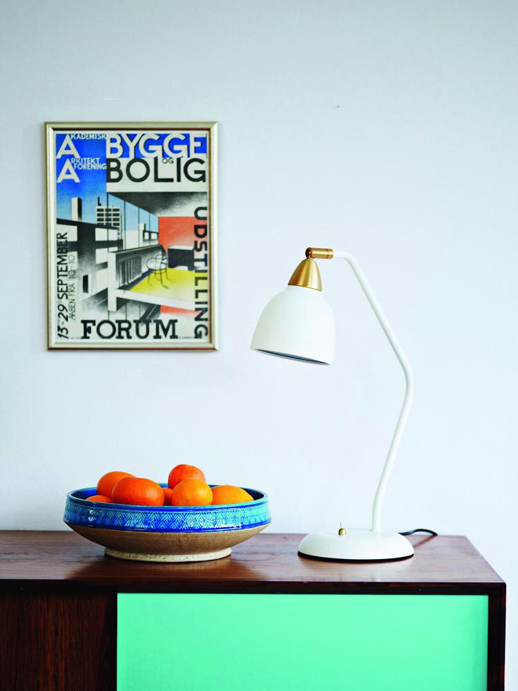 schreibtischlampe im retro design i f r 109 euro i jetzt. Black Bedroom Furniture Sets. Home Design Ideas
